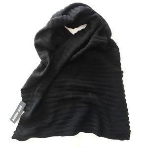 Steve Madden Large Knit Scarf